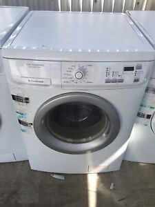 Free delivery.Electrolux washing machine washer 7kg
