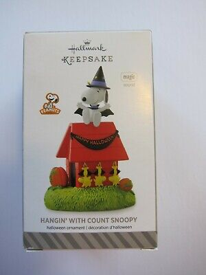 Hallmark Ornament 2014 Peanuts Halloween Hangin' With Count Snoopy