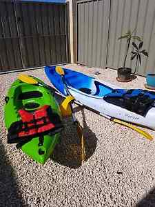 2 Glide Kayaks, 2 Paddles, 2 adult life vests and a 5l  dry bag South Fremantle Fremantle Area Preview