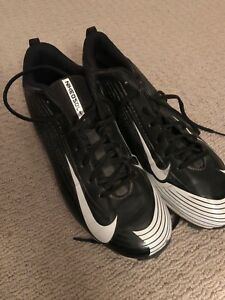Men's Nike Baseball Cleats Size 10.5