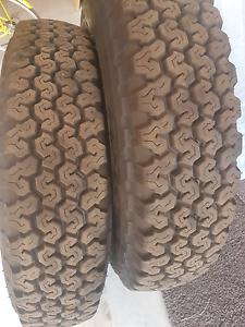 2 x AS NEW Bridgestone Desert Dueler 7.50r16 tyres Byford Serpentine Area Preview