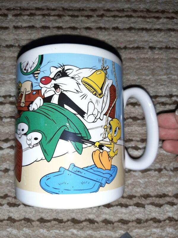 Warner Brothers 1997 Giant Coffee Cup Tweety Bird Sylvester Looney Tunes