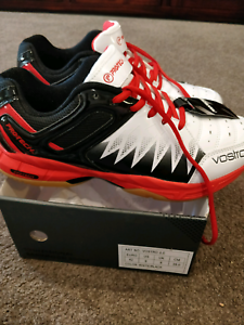 White Red Badminton Shoes Professional Harrison Gungahlin Area Preview