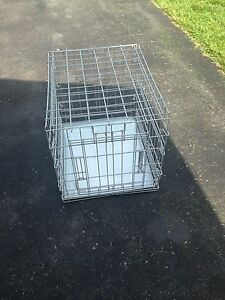 Small dog / animal crate
