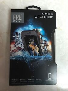 iPhone 7 FRĒ Lifeproof case