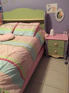 Little Girl's bed & nightstand