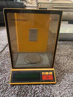 Sartorius 1702 Laboratory Benchtop 200g Digital Analytical Balance Scale