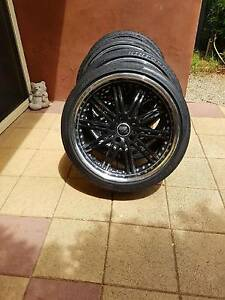 Holden Commodore 20 inch ve staggered commodore mags Waikerie Loxton Waikerie Preview