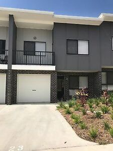 340/PW NEW AND MODERN 3 BED 2.5 BATH Doolandella Brisbane South West Preview