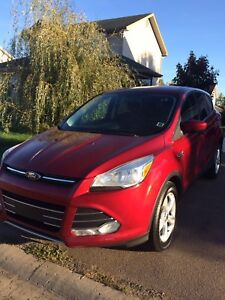 2013 Ford Escape SE 4WD- Free Gas with purchase