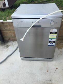 Damani dishwasher