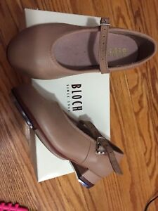 Bloch tan tap shoes, toddler size 10