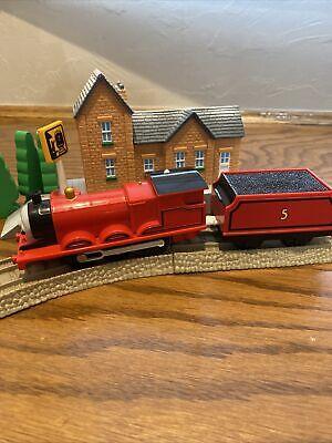 "TOMY Trackmaster Thomas & Friends ""JAMES"" 2006 WORKING Motorized Train"