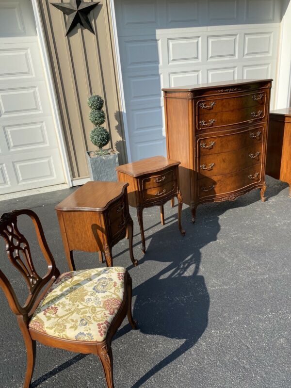 John stuart Inc Antique Bedroom Set