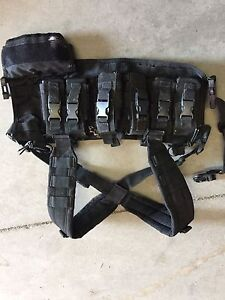 Condor tactical pistol chest rig