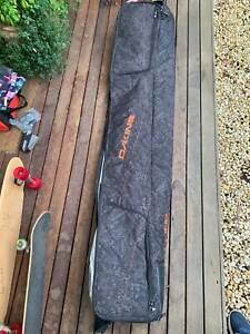 Dakine snowboard/ski bag