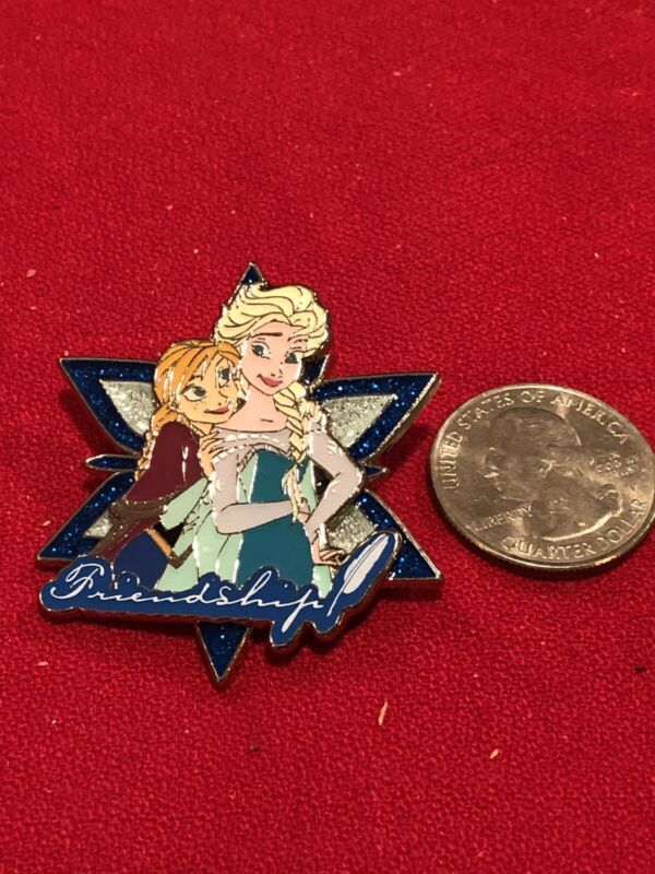 1 Disney Pin 3D LE Elsa & Ana as Seen lot SFM