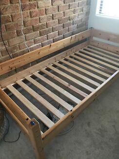 Single bed Thuka