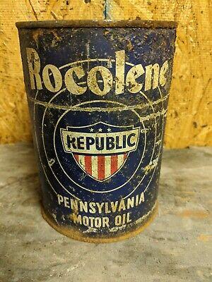 Old Rocolene  1 Quart Metal Motor Oil Can Empty Republic Shield