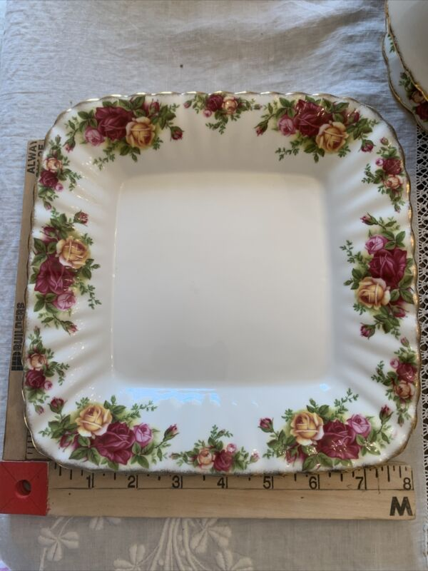 Royal Albert China Old Country Roses Square Tray Plate -1962 NOS