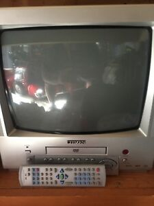 Nice 13 inch colour   tv with built in DVD.
