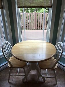 Dining table 2 chairs - Best Offer