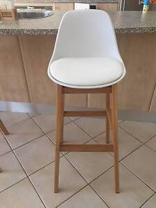 Brand New Oak and Leather Bar Stools Lockleys West Torrens Area Preview
