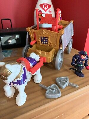 FISHER PRICE Imaginext Great Adventures Magic Castle Kings Royal Coach