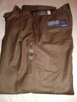 NWT Croft & Barrow Men's Dress Trouser Pleated Front Khaki Pants 40X32