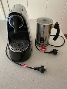 COFFEE MACHINE & Milk Frother (Takes all pods) EXCELLENT ...