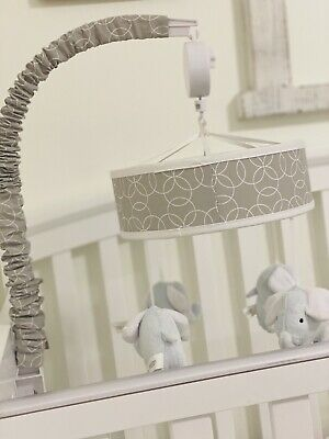 Musical Mobile Baby Bed Crib Toy Holder Nursery Decoration White & Gray