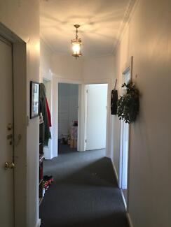 Lease Transfer: Windsor 2bed/1bath Apartment - Perfect for couple
