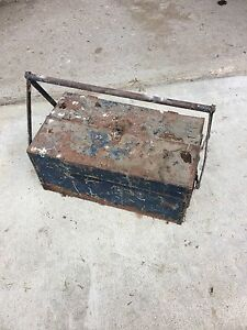 Vintage early 1910-1920's tool box $30