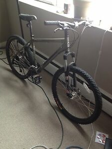 "19"" Marin bobcat hard tail mountain bike"