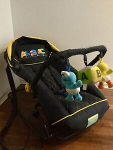 Deluxe Portable Baby Rocker and Carrier - by Sesame Beginnings Osborne Port Adelaide Area Preview