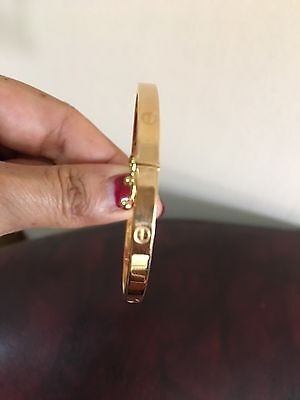 "9K Solid Yellow Gold 5grams Bangle Bracelet fit to 7"" Wrist"