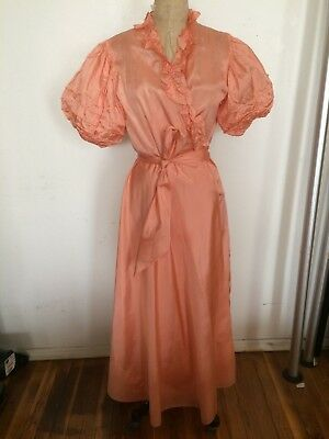 Vintage AS IS 1930s peach silk dressing gown robe for study huge balloon sleeves
