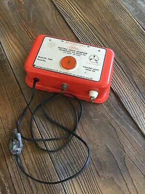 Vintage Bulldozer Cobra Electric Fencer Fence Charger Working Well. Nice