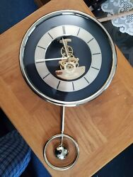 9.5 SEIKO Quartz Wall Clock GOLDTONE w pendulum visible gears, seconds hand {09