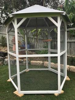 New Large Hand Made Hexagon Wood Bird Cage Wire Mesh Aviary House