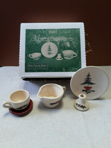 Rowe Pottery 2007 Miniature Christmas Collection-NIB