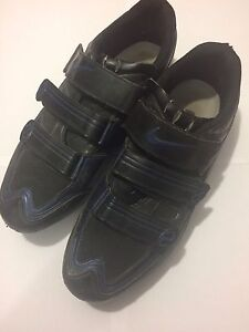 Nike cycling shoes size 46 EUR, 12 US