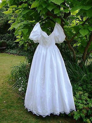 VTG LACE WEDDING DRESS 70s 6 8 Rare White DUCHESS  PEARL BEADED Romantic