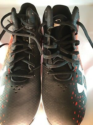the latest 2b31f cfa0f under armour baseball cleats Youth Size 6 A Authentic Collection