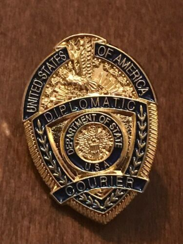 DIPLOMATIC COURIER PIN - TIE TAC State Department DIPLOMATIC SECURITY DSS fbi