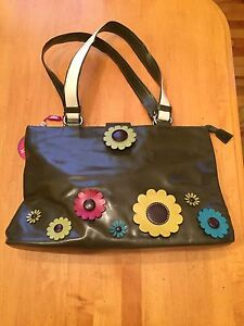 Floral purse! Need gone! New!