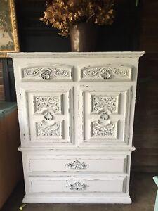 Dresser.   $155