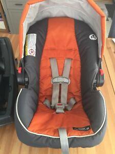Siège auto coquille bébé et adaptateur poussette baby-jogger
