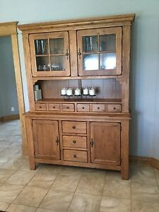 Broyhill Attic Heirlooms China Hutch and Base