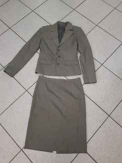 Ojay size 10 skirt suit
